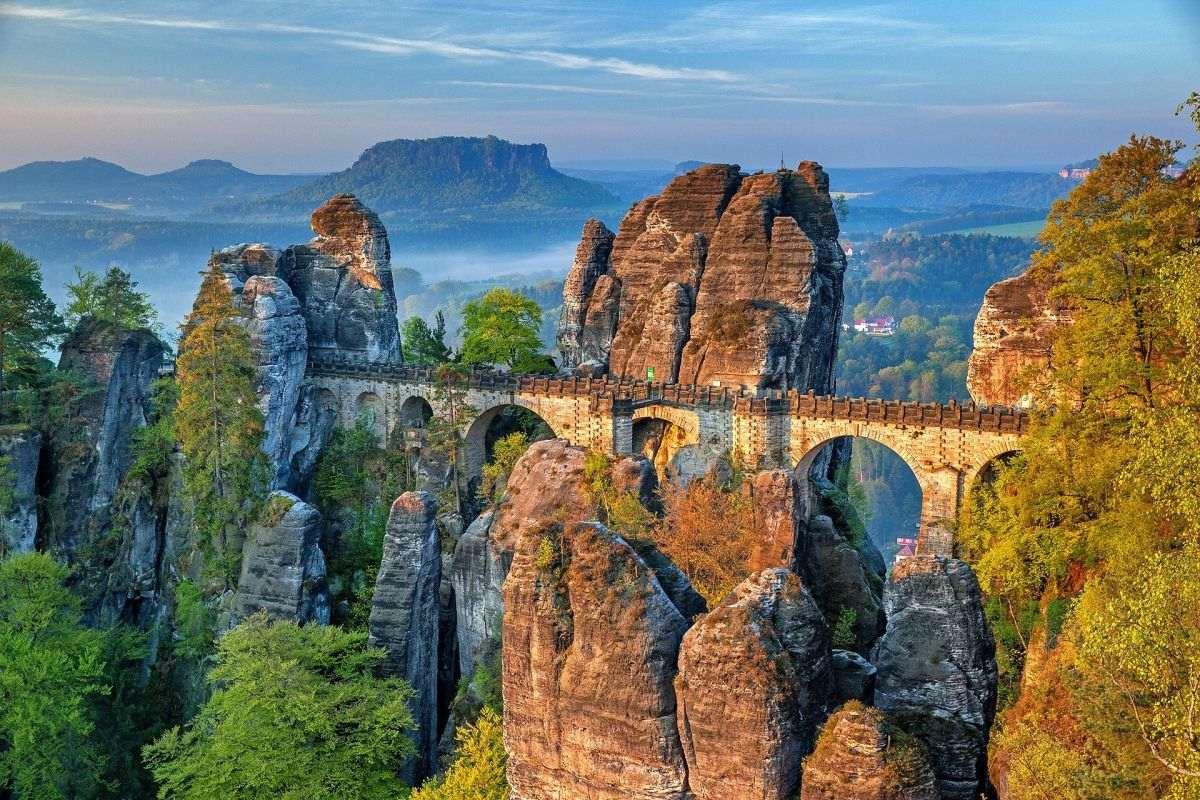 Brücke auf Felsen in der Sächsische Schweiz